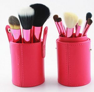 hottperfume-12-pc-makeup-brush-set-with-red-canister-1